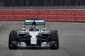 promotional_event_silverstone_nico_rosberg_1