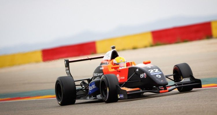 22HUBERT Anthoine Tech1 action during Formula Renault 2.0 tests at Motorland, Aragon, Spain from March 19th to 20th 2015. Photo DPPI.