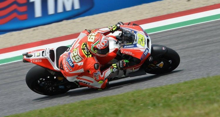 29-iannone_4gn_3419.gallery_full_top_lg