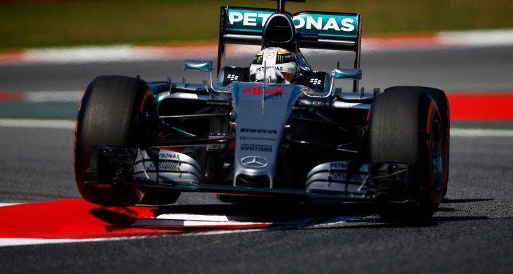 MONTMELO, SPAIN - MAY 08:  Lewis Hamilton of Great Britain and Mercedes GP drives during practice for the Spanish Formula One Grand Prix at Circuit de Catalunya on May 8, 2015 in Montmelo, Spain.  (Photo by Paul Gilham/Getty Images)