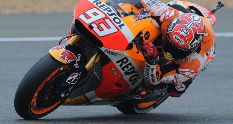 Spain's rider Marc Marquez competes on his Repsol Honda N 93 during the third free practice session of the MotoGP Grand Prix, on May 16, 2015 in Le Mans, western France, ahead of the French Grand Prix. AFP PHOTO / JEAN-FRANCOIS MONIER        (Photo credit should read JEAN-FRANCOIS MONIER/AFP/Getty Images)