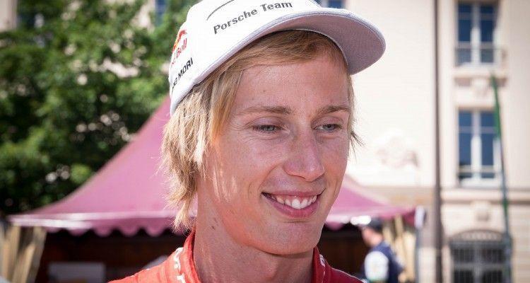 Place de la Republique, Le Mans - Brendon Hartley #17 Porsche Team