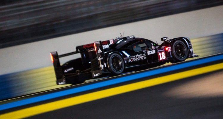 Car #18 / PORSCHE TEAM (DEU) / PORSCHE 919 HYBRID Hybrid / Romain DUMAS (FRA) / Neel JANI (CHE) / Marc LIEB (DEU) - Le Mans 24 Hours at Circuit Des 24 Heures - Le Mans - France