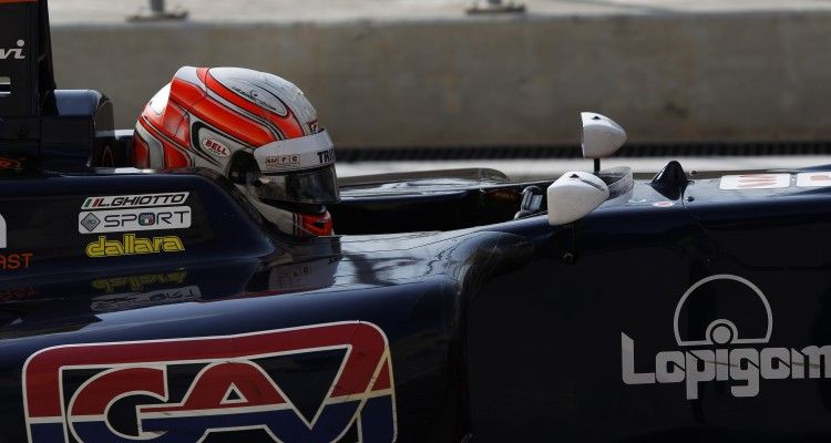 2015 GP3 Series Round 8. Bahrain International Circuit, Bahrain Friday 20 November 2015. Luca Ghiotto (ITA, Trident)  Photo: Sam Bloxham/GP3 Series Media Service. ref: Digital Image _G7C0569