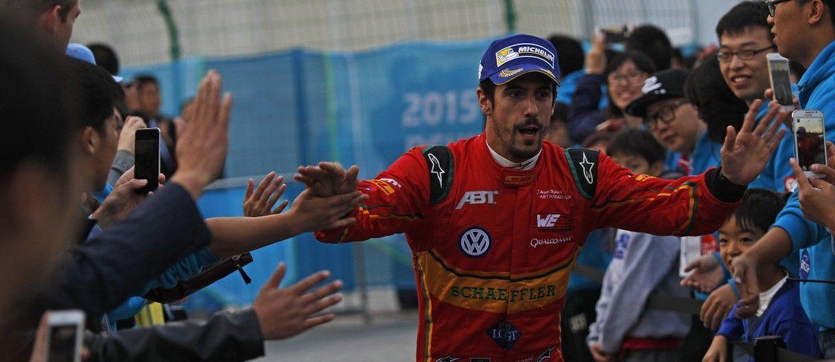 FIA Formula E Championship 2015/16. Beijing ePrix, Beijing, China.  Race Beijing, China, Asia. Saturday 24 October 2015 Photo: Sam Bloxham / LAT / FE ref: Digital Image _G7C8625