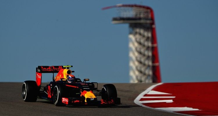 AUSTIN, TX - OCTOBER 22: Max Verstappen of the Netherlands driving the (33) Red Bull Racing Red Bull-TAG Heuer RB12 TAG Heuer on track during final practice for the United States Formula One Grand Prix at Circuit of The Americas on October 22, 2016 in Austin, United States.  (Photo by Clive Mason/Getty Images)