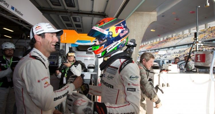 / Mark Webber (AUS) / Brendon Hartley (NZL) -  WEC 6 Hours of Shanghai - Shanghai International Circuit - Shanghai - China
