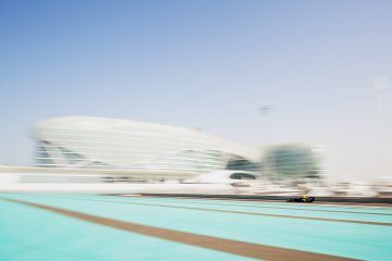 Niko Kari tops day 2 of Abu Dhabi Test