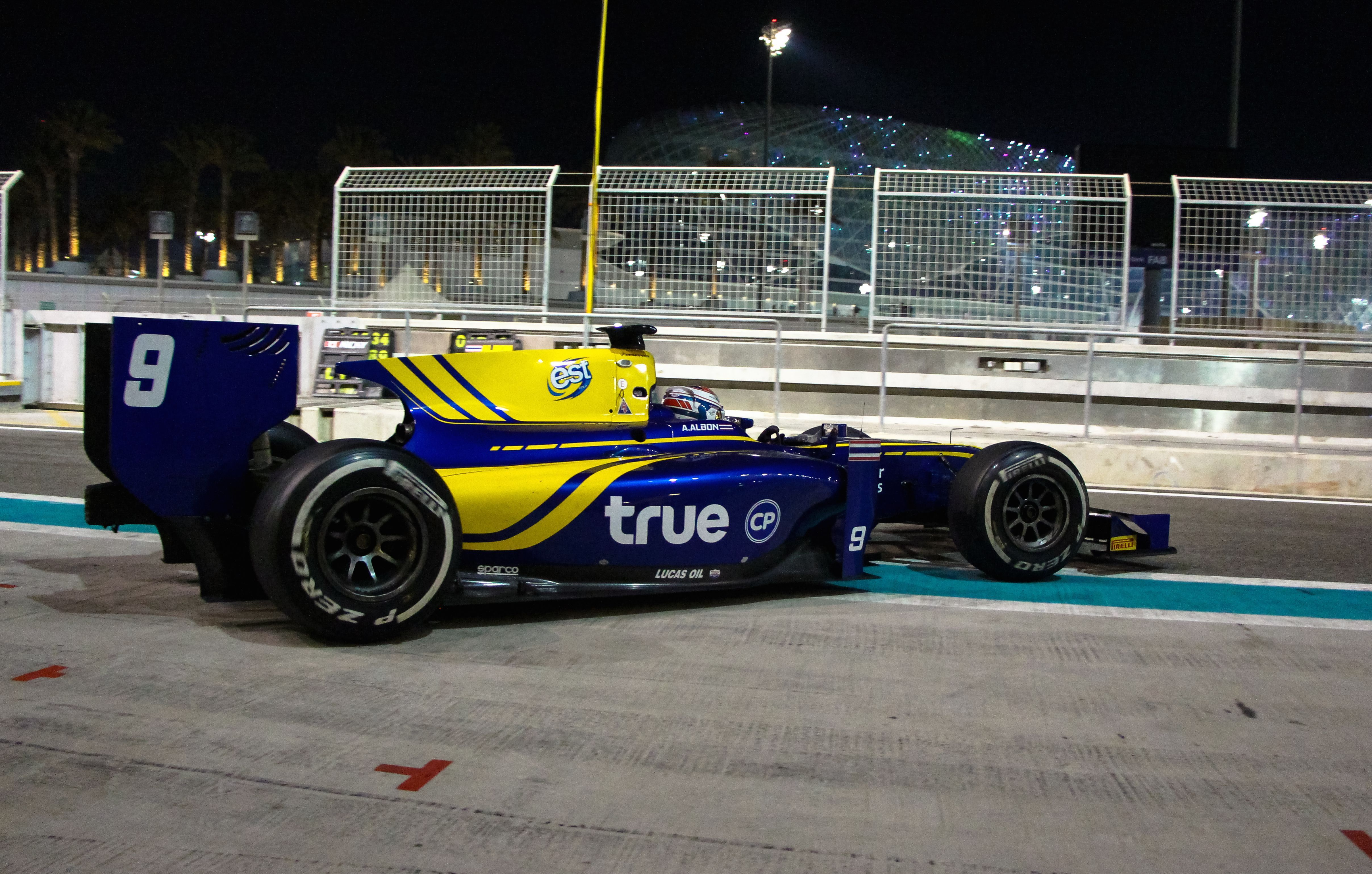 Alex Albon tops final day Yas Marina Test