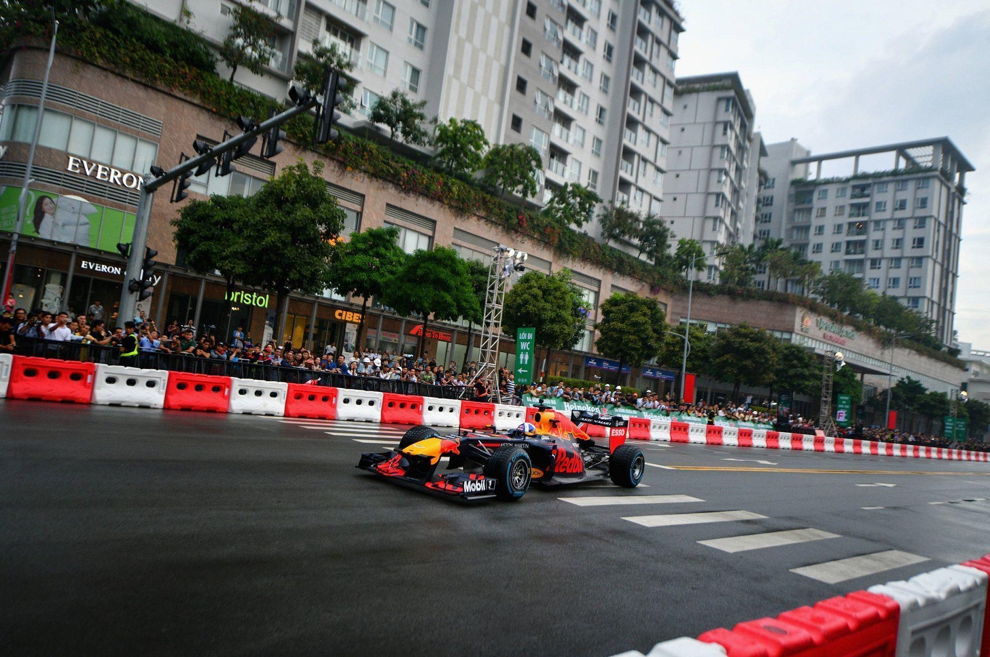 Vietnam roadshow