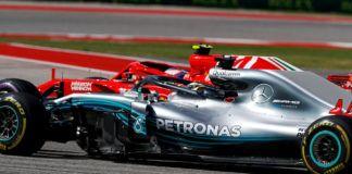 Lewis Hamilton against Kimi Raikkonen