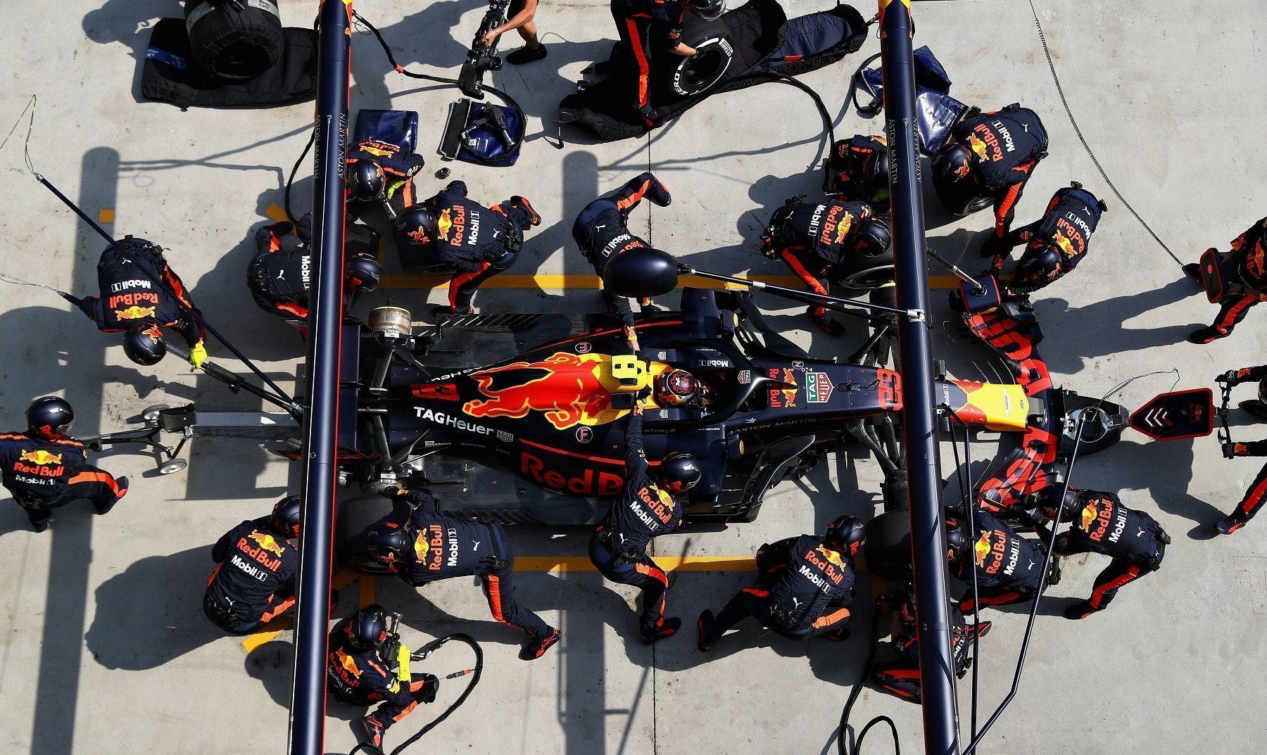 Pirelli tyre stop