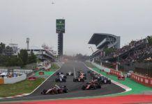 F2 race start