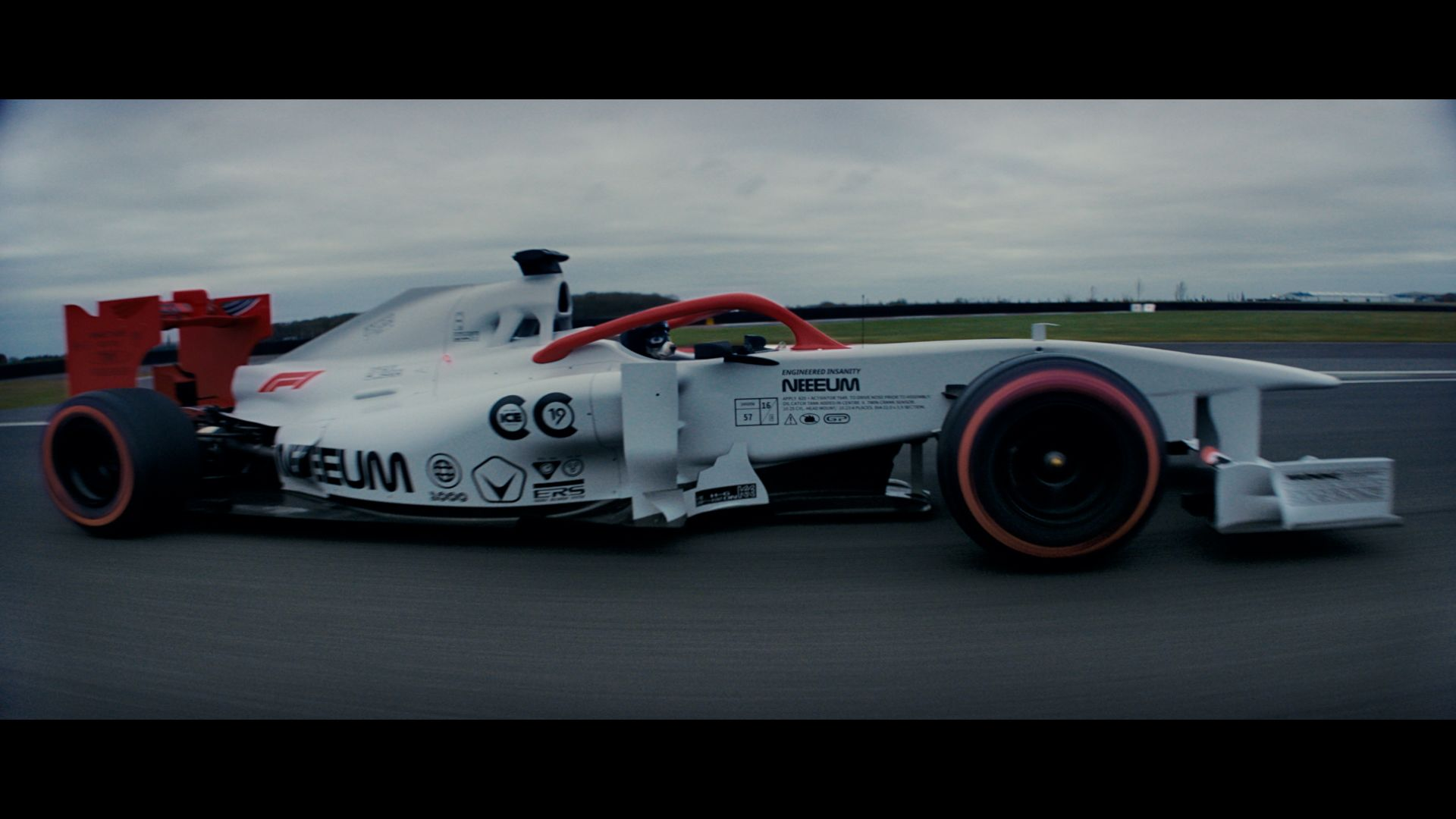 F1, Chemical Brothers tie up