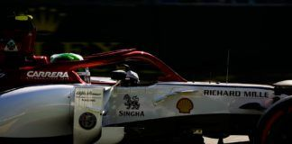 Alfa Romeo Racing with Shell logo
