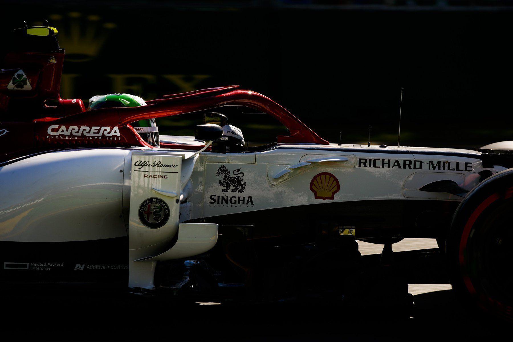 Alfa Romeo Racing with Shell logo