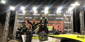 Jenson Button and team in Mint400