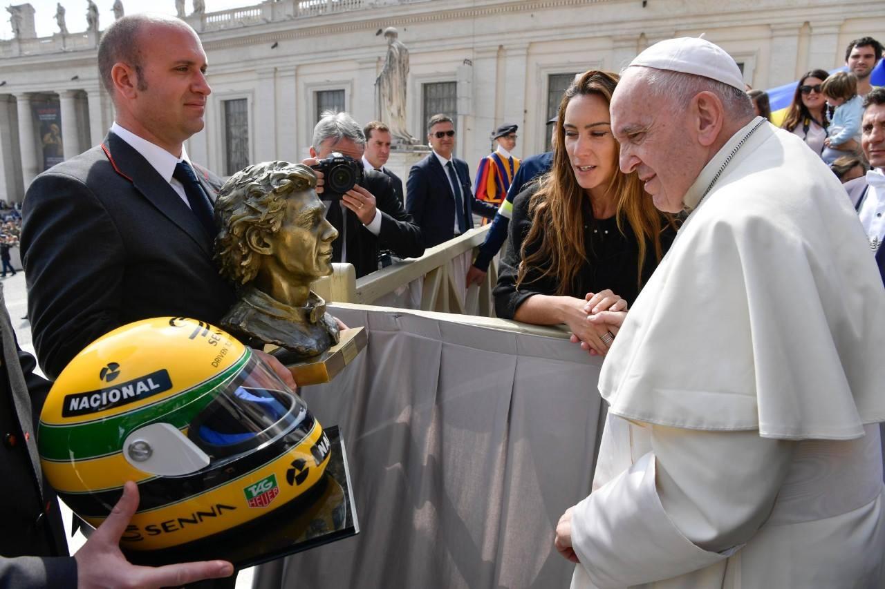 Pope Francis receives Ayrton Senna gift