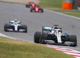 Mercedes ahead of Ferrari in F1 Chinese GP