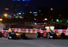 David Coulthard, Jake Dennis, Red Bull F1 showrun in Hanoi