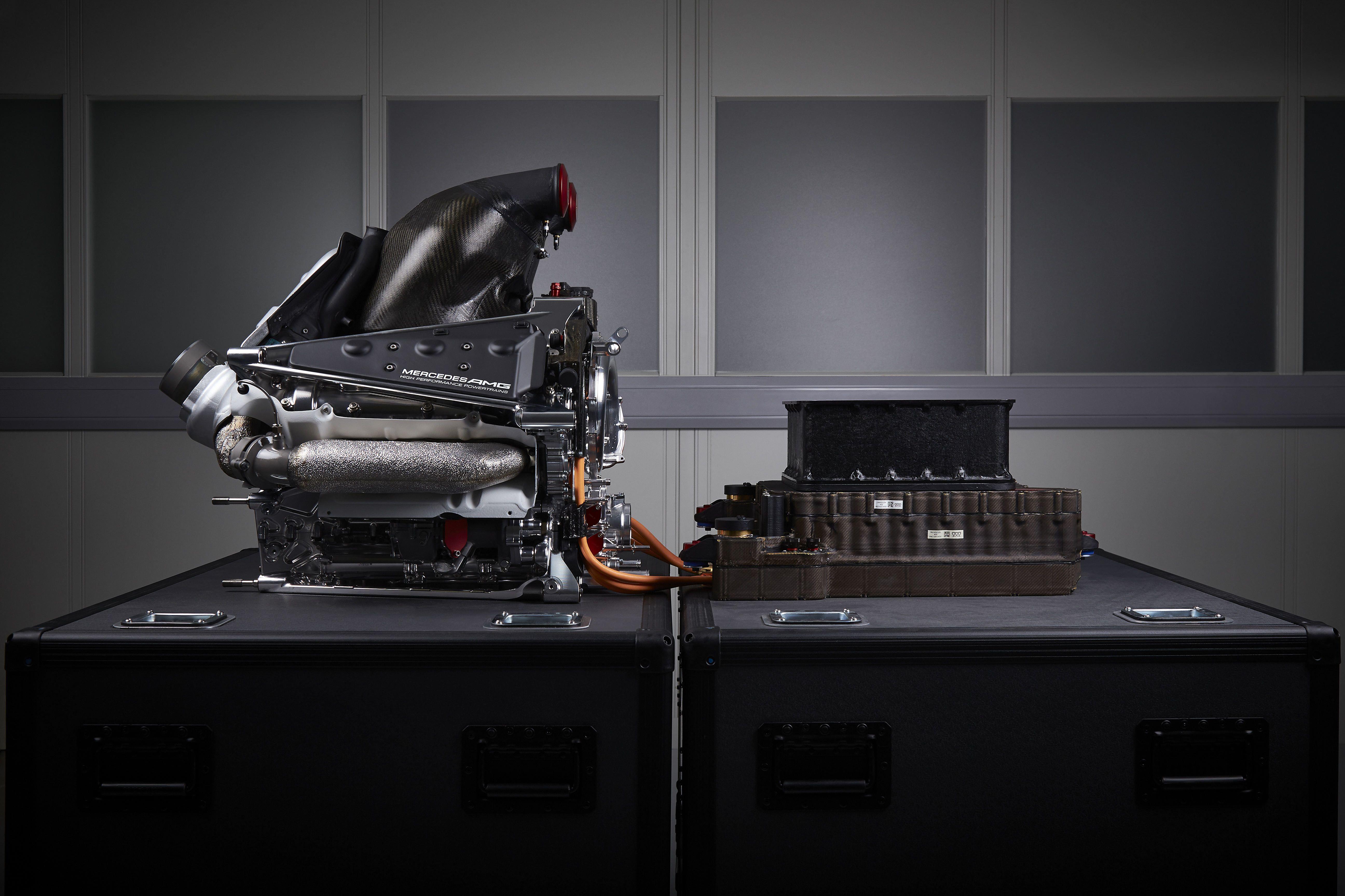 F1 Mercedes Hybrid PU