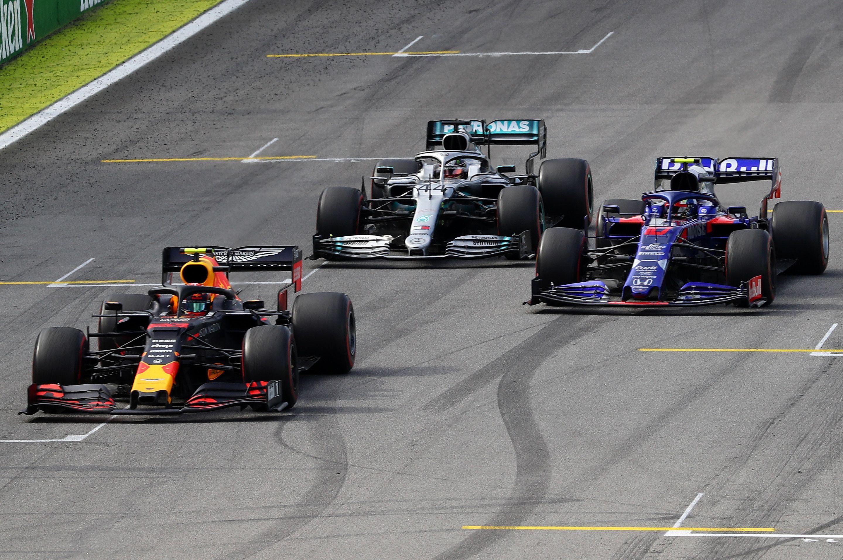 Alexander Albon, Lewis Hamilton