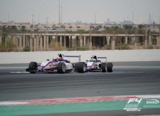 Francesco Pizzi and Lorenzo Fluxá from Xcel Motorsport batteling for the lead at Dubai Autodrome