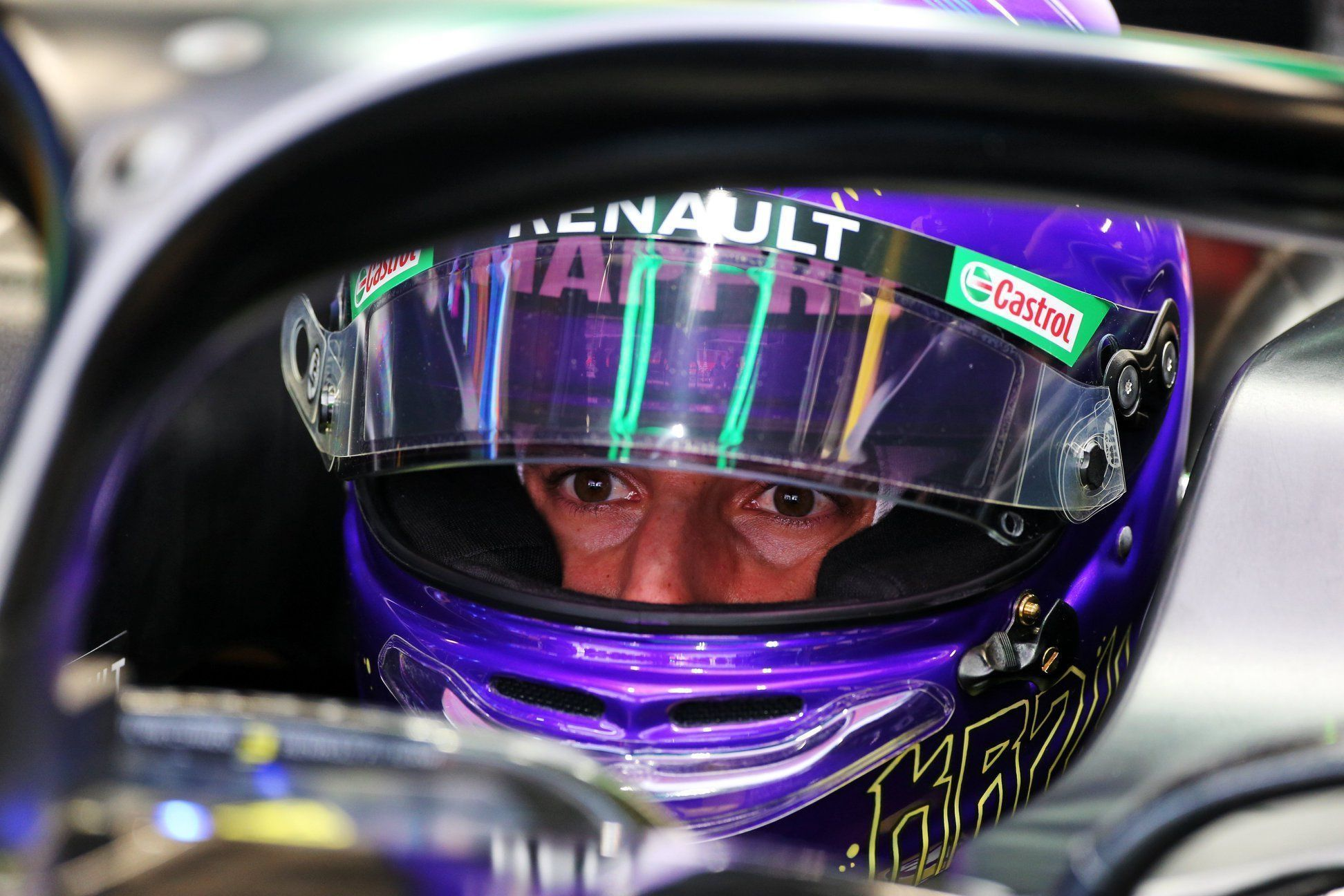 Cyril Abiteboul, Daniel Ricciardo, Carlos Sainz