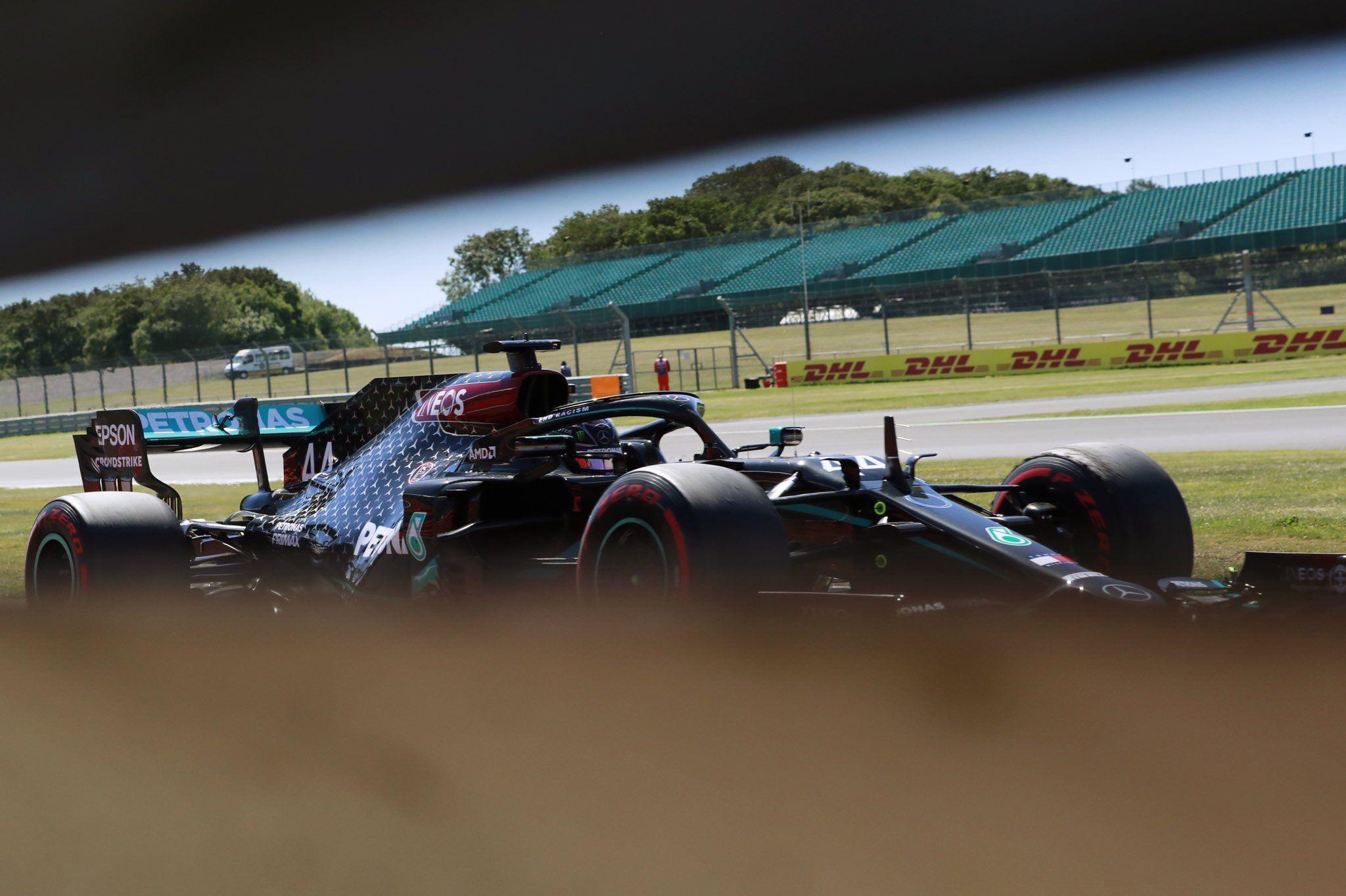 Lewis Hamilton, Libres 2 GP 70 Aniversario