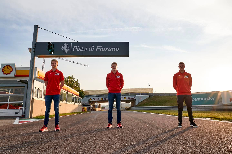 Shwartzman, Illot y Schumacher en Maranello