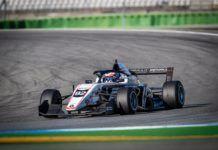 Martins en su Fórmula Renault