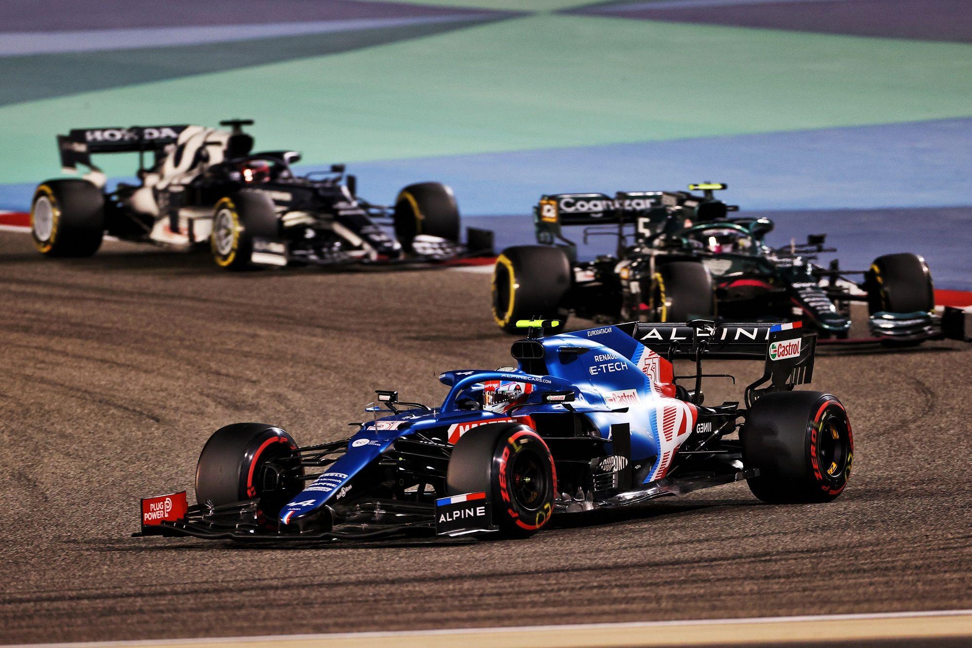 Esteban Ocon, Sebastian Vettel, Aston Martin, Alpine
