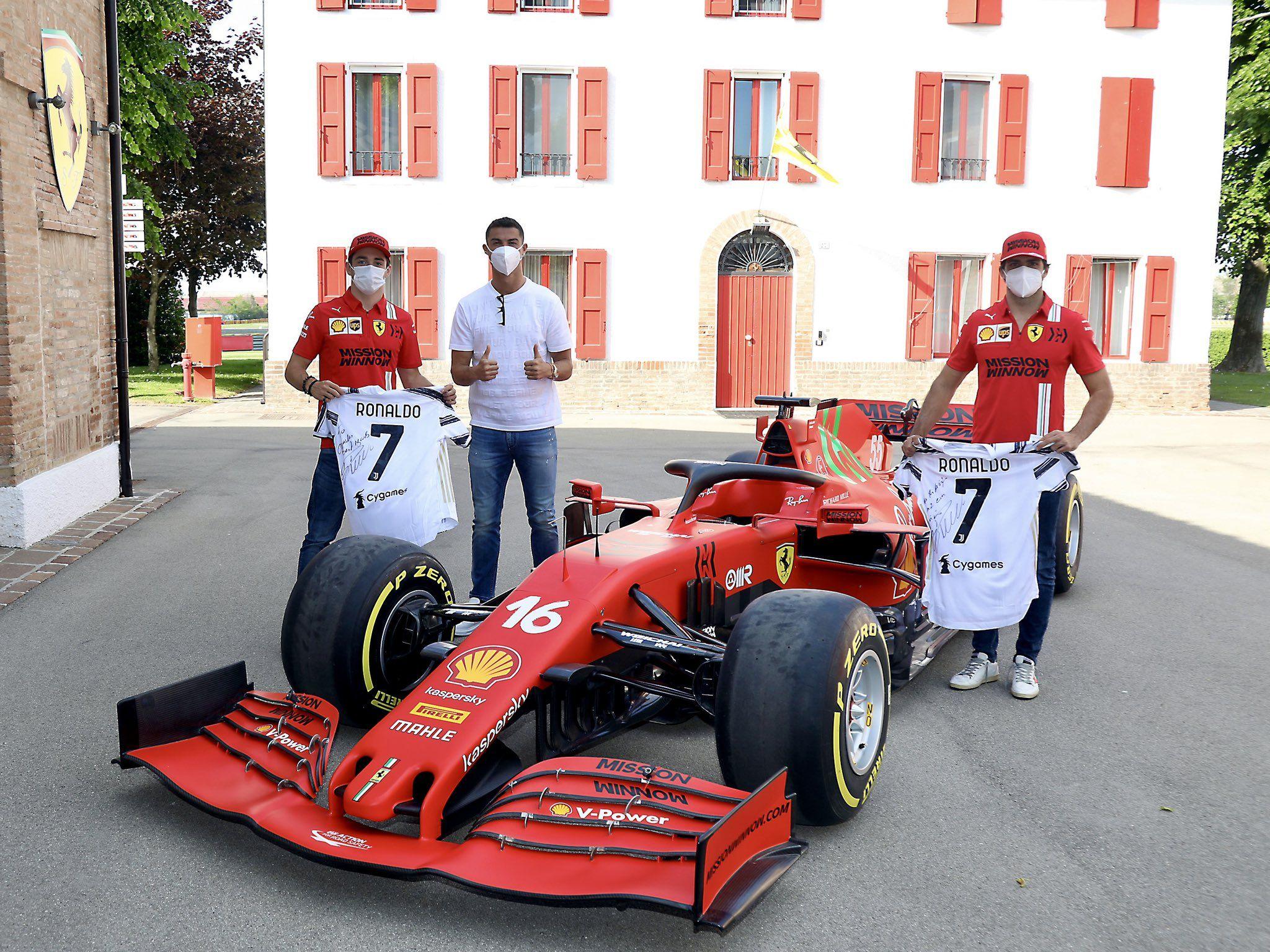 Ronaldo visits Maranello, meets Binotto along with Leclerc & Sainz