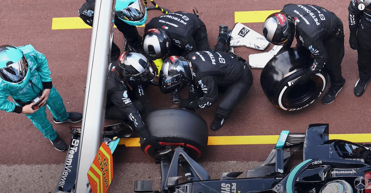 Mercedes, James Vowles, Valtteri Bottas, Lewis Hamilton