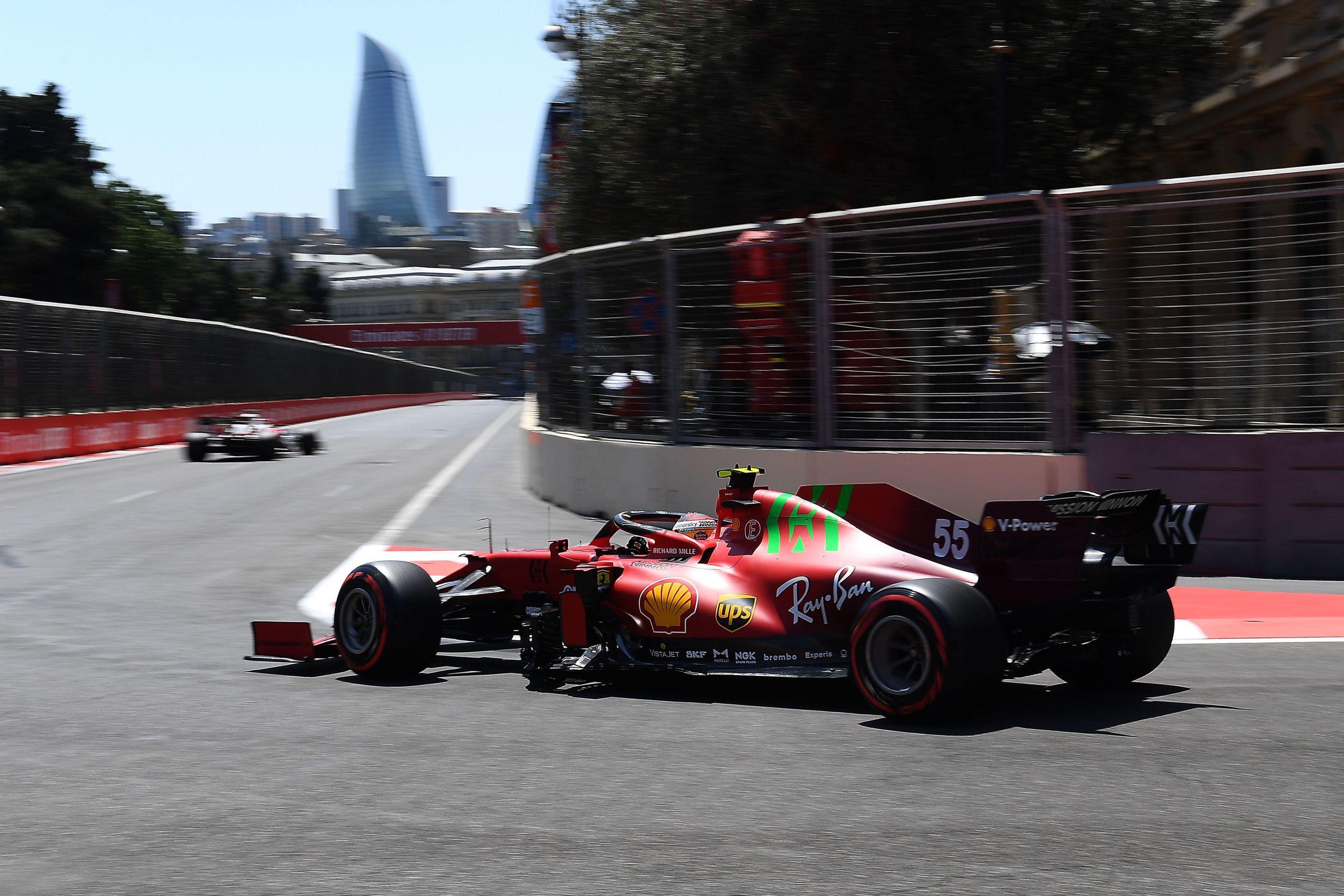 Carlos Sainz, Mattia Binotto, Ferrari