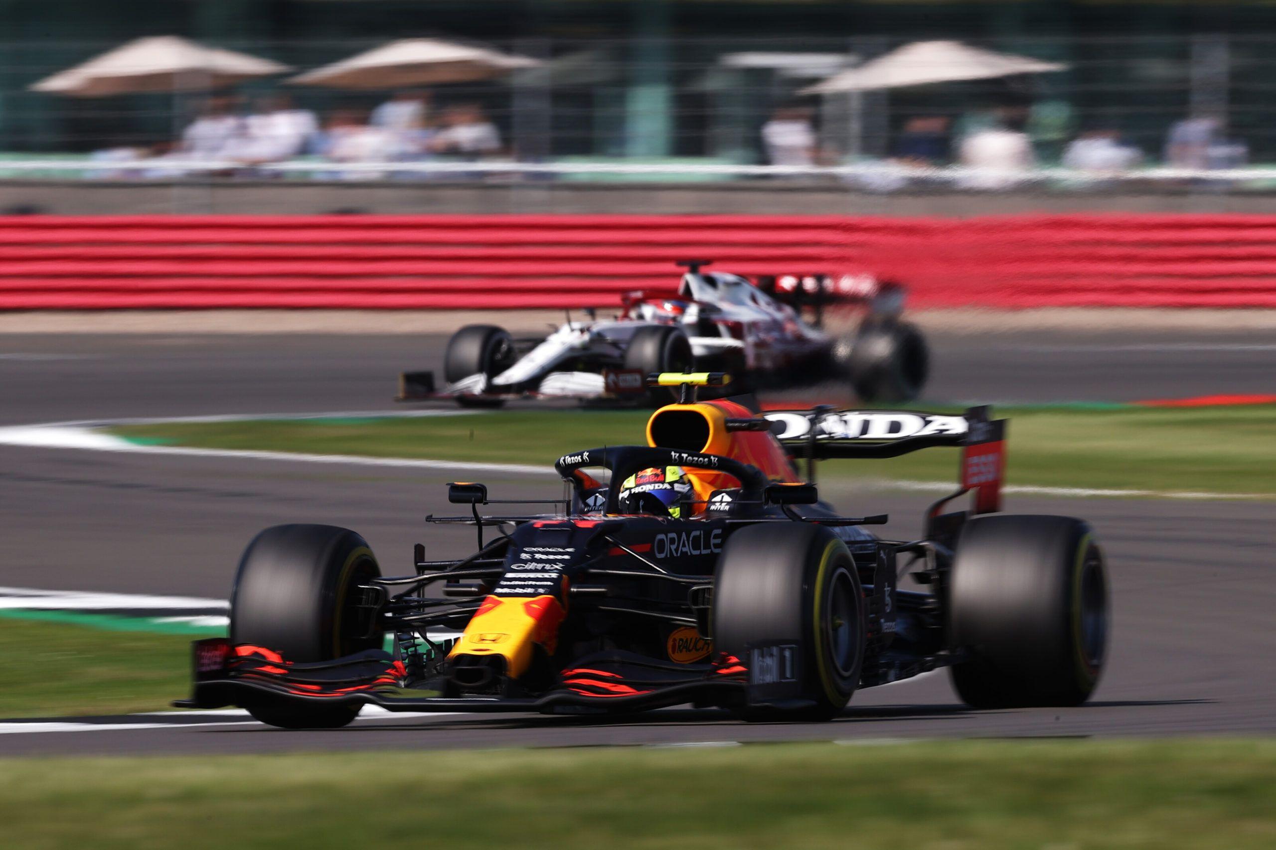 Kimi Raikkonen, Sergio Perez, F1