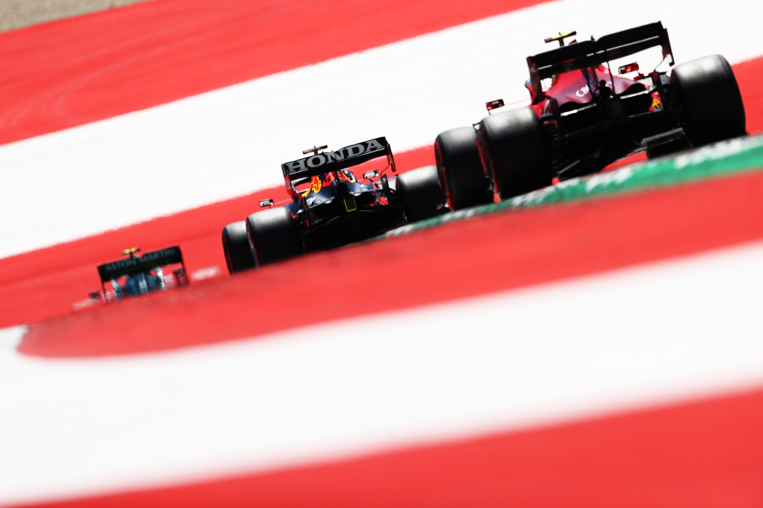 Ferrari, Red Bull, Mercedes, F1, FIA