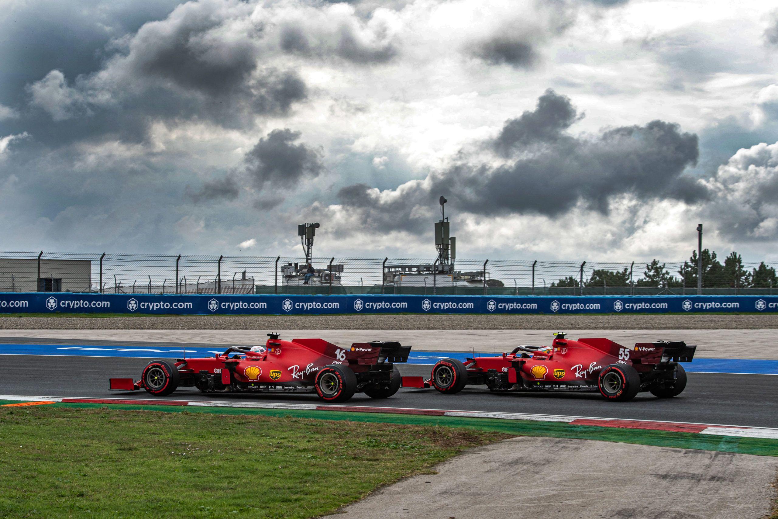 Carlos Sainz, Charles Leclerc, Ferrari, Mattia Binotto